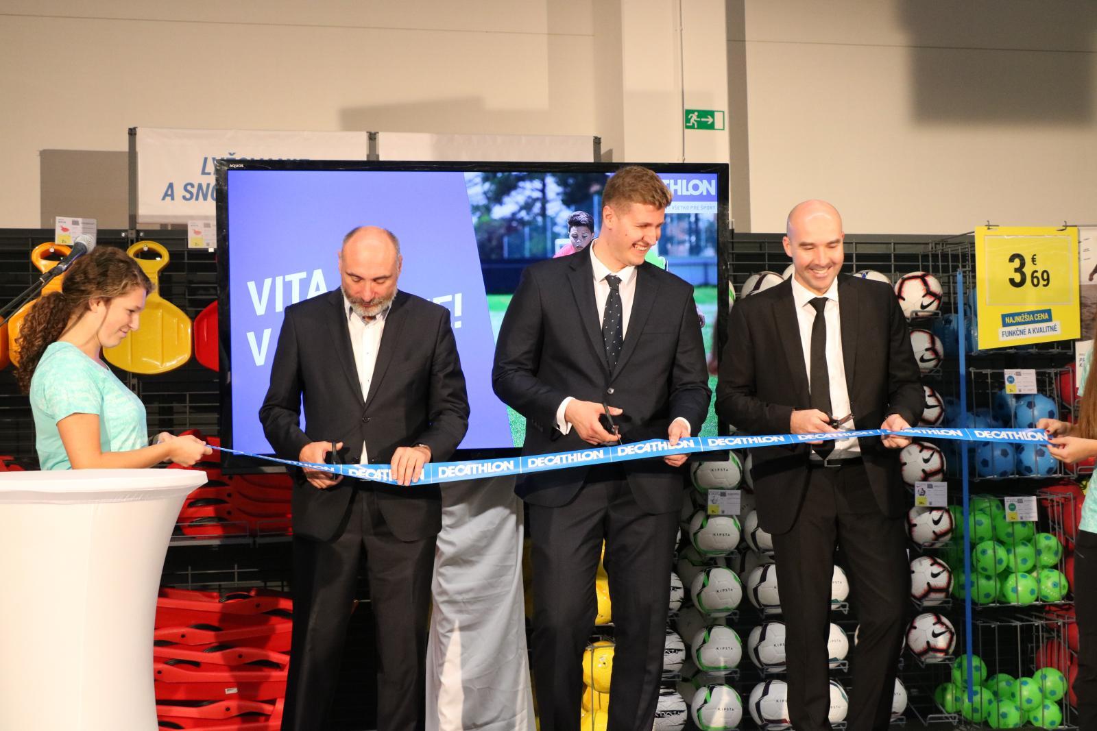 Športový predajca otvoril predajňu v Prešove 5f94a83c4cf