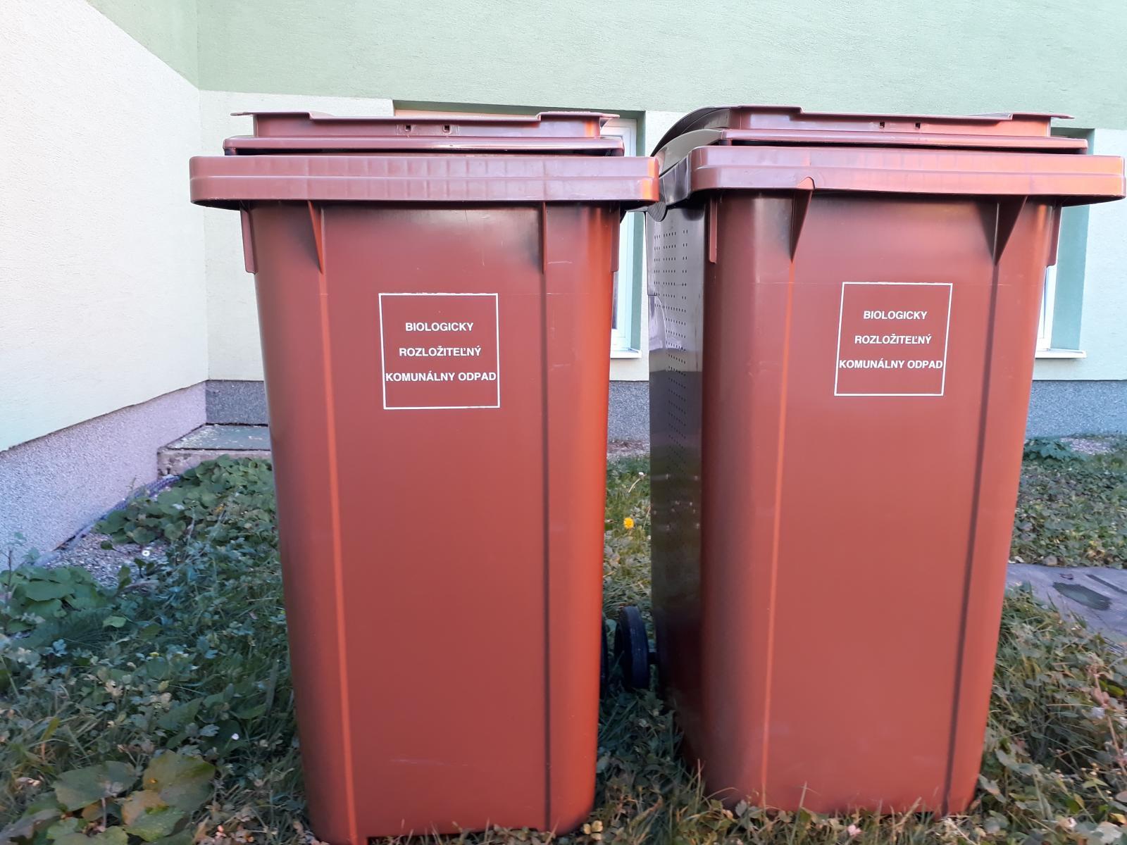 Technické služby mesta Prešov rozdávajú nádoby na biologicky rozložiteľný  odpad a70ba7c565d